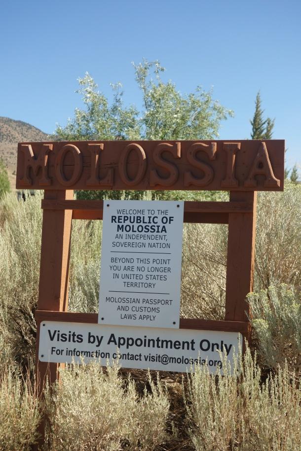 gateway-to-molossia