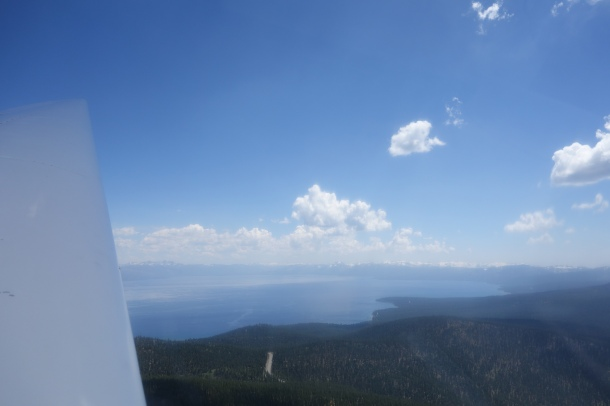 glider-lake-tahoe