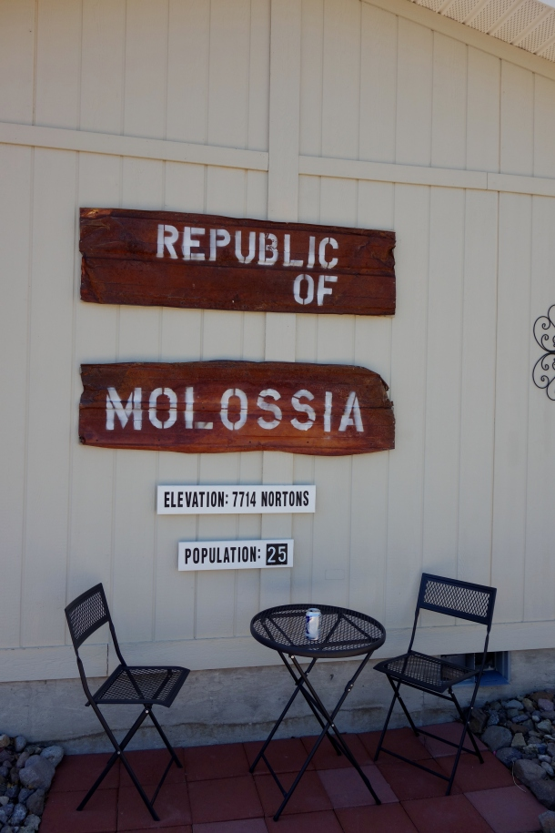government-house-molossia