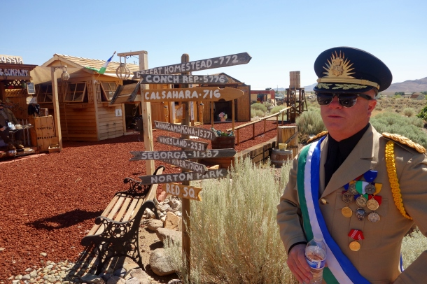 micronations-direction-sign-molossia