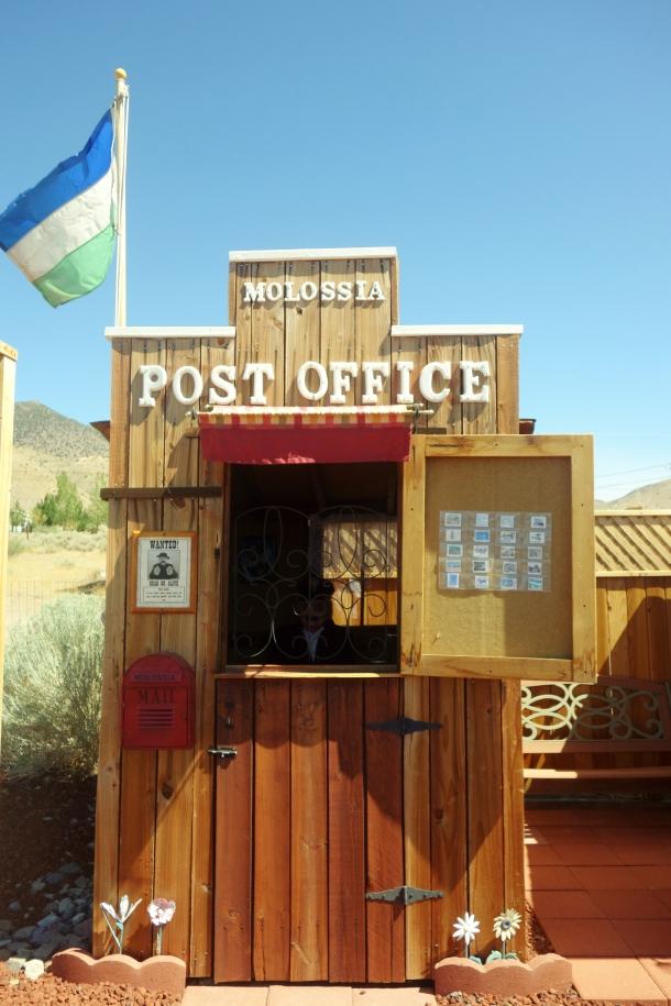 molossia-post-office