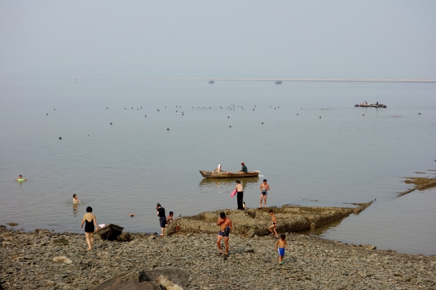 beach-life-north-korea