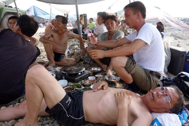 beach-life-north-korea