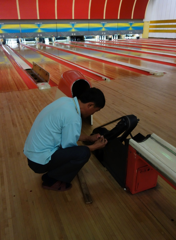 bowling-in-north-korea