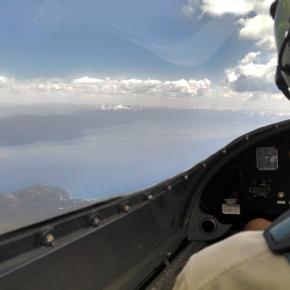 Photos of the Day: Gliding Over LakeTahoe