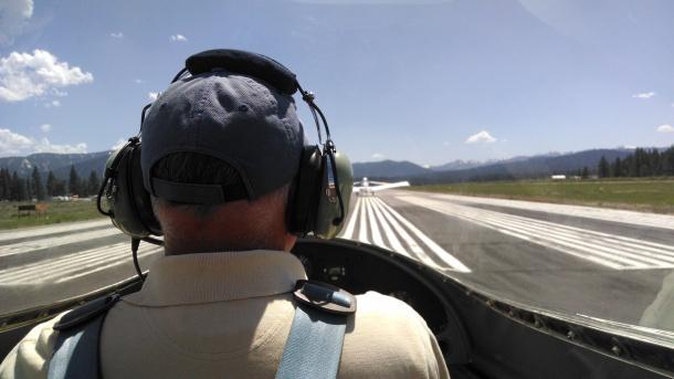 glider-takeoff