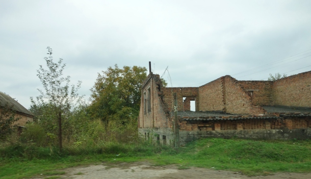bombed-buildings-yandi