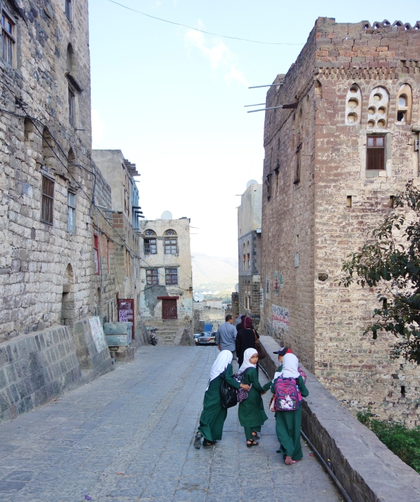 schoolgirls-jiblah