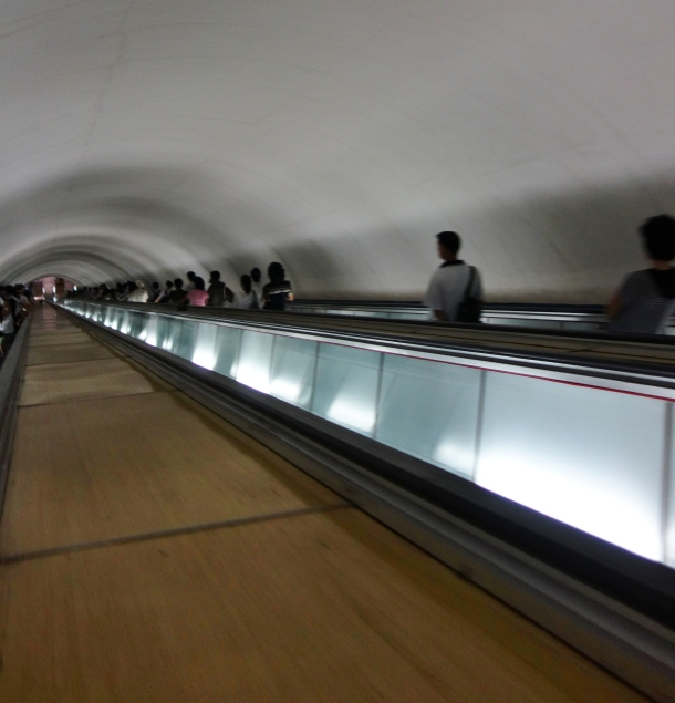 escalator-pyongyang-metro