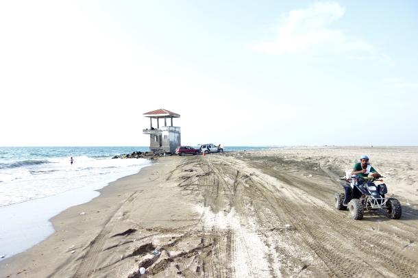 beach-life-yemen