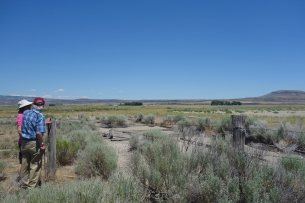 prisoner-internee-tule-lake-camp