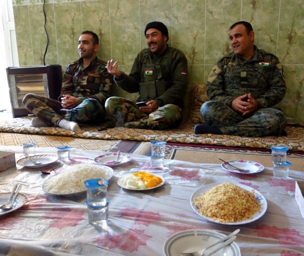 enjoying-kurdish-food-with-the-peshmerga