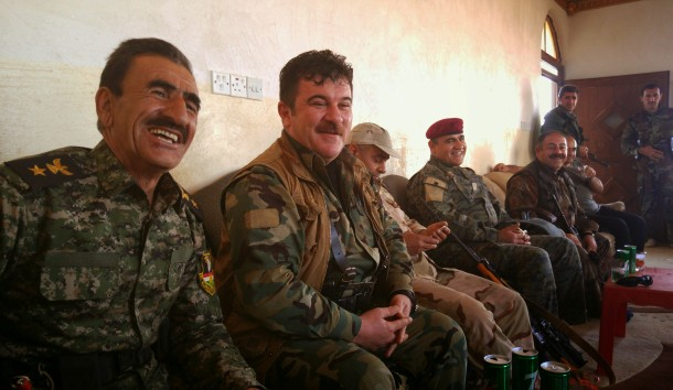 kurdish-peshmerga-entertain-each-other-during-a-break-in-the-fighting