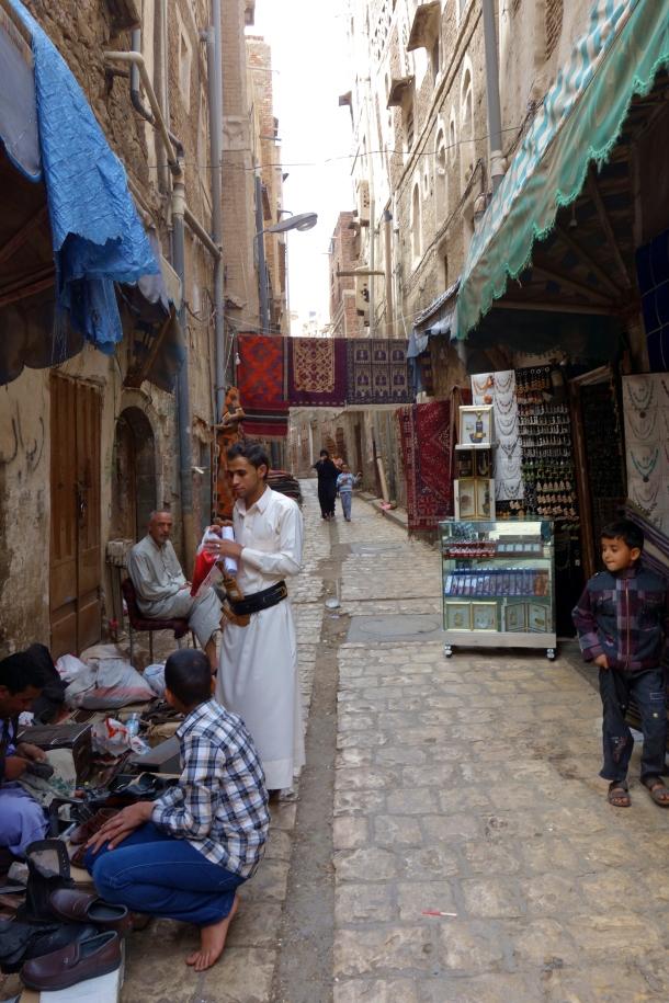 street-scene-sana'a-yemen
