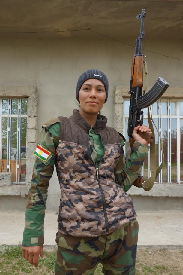 Asmaa-Dahar-Yazidi-female-fighter