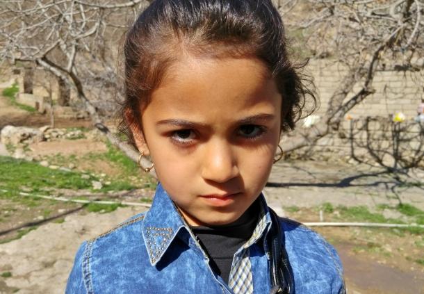 Yazidi-refugee-girl