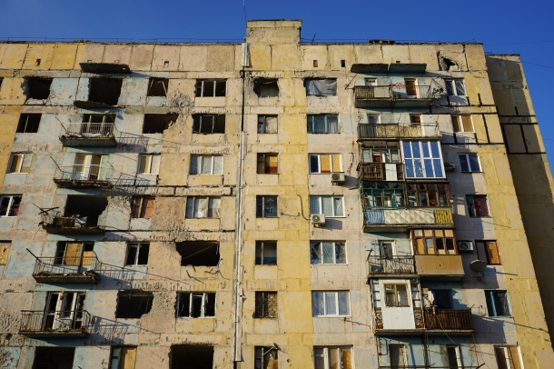 apartments-destroyed-fighting-ukraine