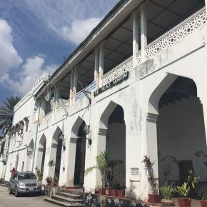 Zanzibar's Bizarre 45-MinuteWar